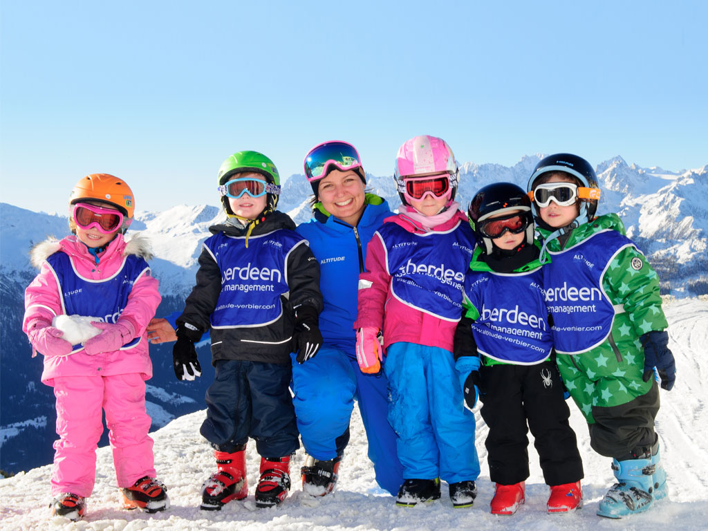 Kids ski school verbier