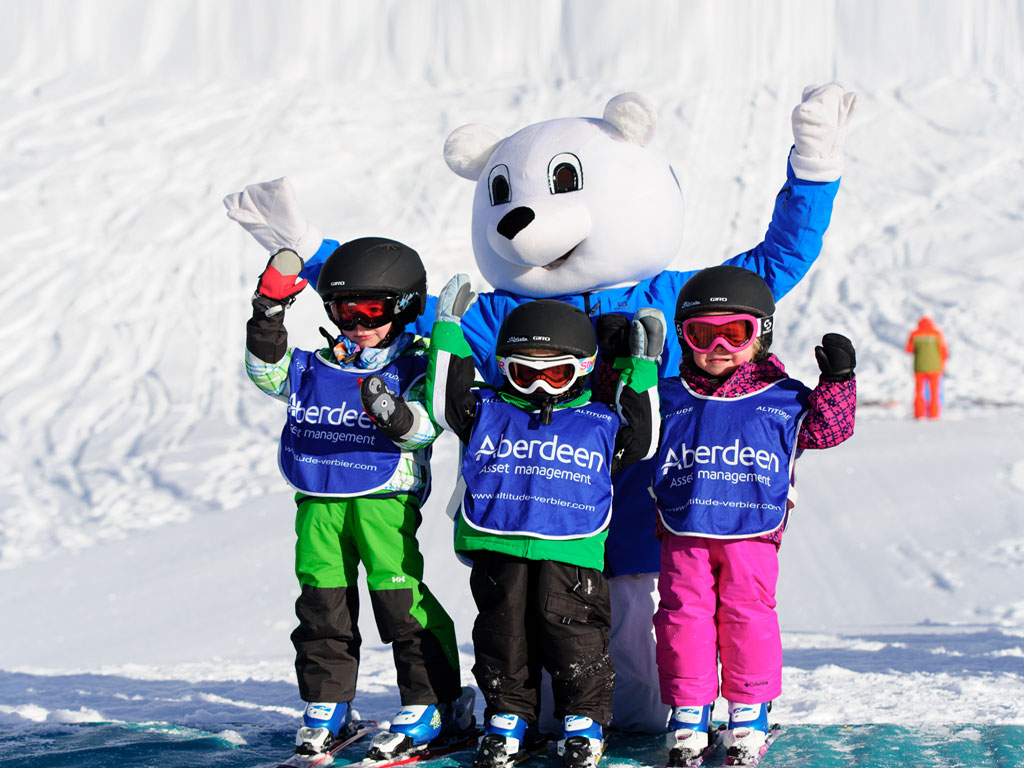 Kidsgarden first ski lesson verbier