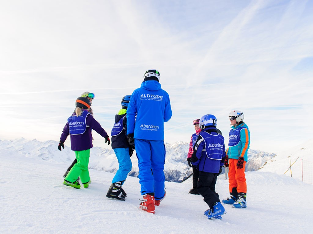 Ski lessons advanced children verbier